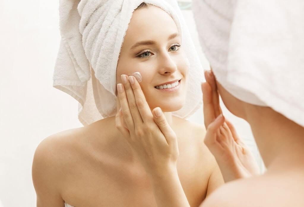 Cách chăm sóc da mặt sau sinh như thế nào khi sử dụng kem