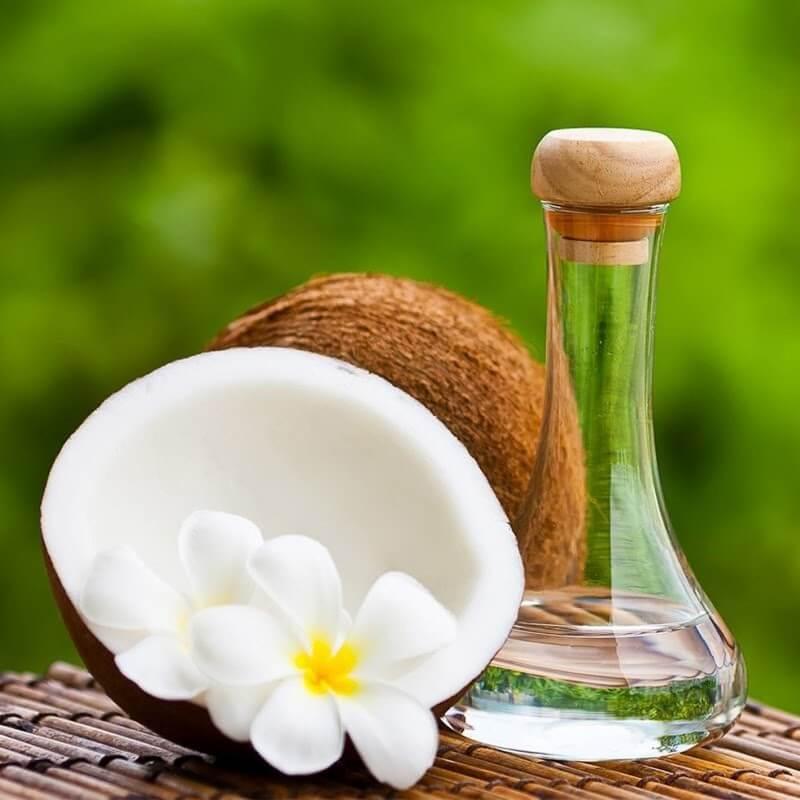 Dầu dừa có phải là cách trị tàn nhang hiệu quả từ thiên nhiên