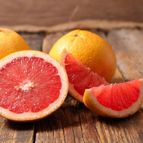 Ngoài là trái cây bổ dưỡng thì cam đỏ cũng cung cấp các chất cần thiết để chống nắng