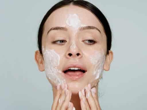 Làm sạch da là bước rất quan trọng